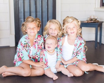Flower Girl Robes, Bridesmaid Robes, Bridal Party Robe, Getting Ready, Bridesmaid Gift, Bride Robe, Plus size and Kids sizes, Wedding Robe