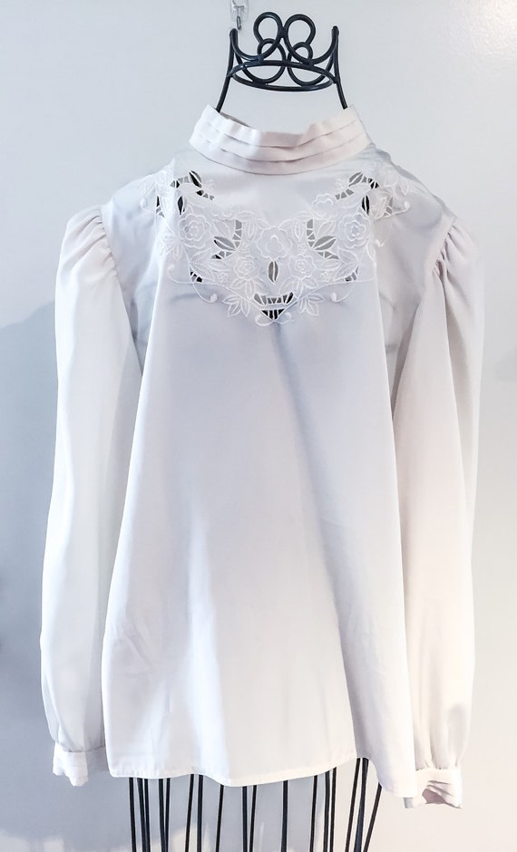 Vintage 70s does 40s Embroidered Blouse
