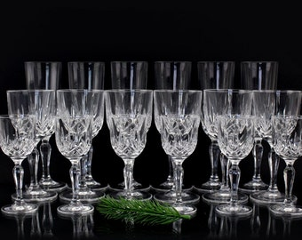 THERESIENTHAL 18 parts High quality crystal glasses set 30s Made in Germany Champagne glasses, cognac glasses, liqueur glasses Vintage