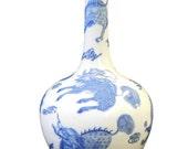 Chinese Blue White Porcelain Kirin Tall Neck Vase cs1750-2E
