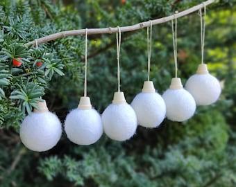 Christmas ball Ornament set/White Christmas Tree Ornament/white Ornament/Christmas Tree/Holiday Decoration/scandinavian christmas/sustainabl