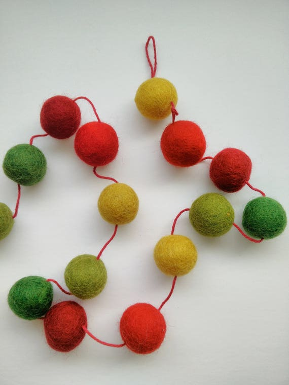 Christmas Ball Garland.Christmas Garland Felt Balls Garland Green Red Yellow Pompom Garland Modern Christmas Christmas Tree Ornament Christmas Decor