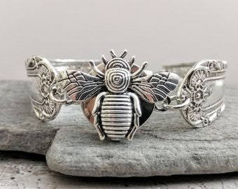 Vintage Bee Spoon Snap Bracelet -SB-S-BEE- Please call for wholesale prices