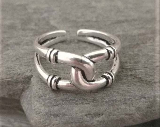 Lucky Silver Horse Shoe Ring, Call for Code to Unlock Wholesale Pricing