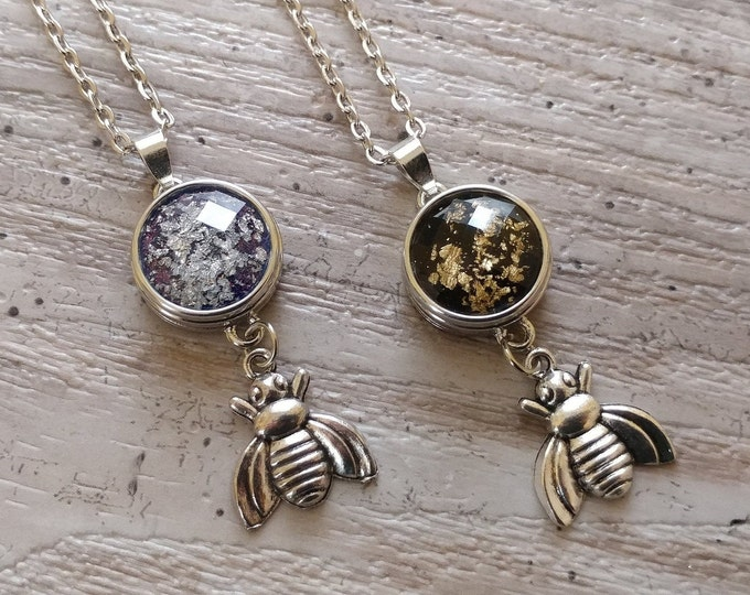 Bee Snap Necklace-SN-13- Please call for wholesale pricing