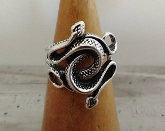 Intertwined Snake Ring, Antique Silver Snake Ring, Snake Statement Ring