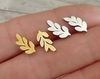 Minimalist Leaf Earrings, Leaf Studs, Leaf Cimbers