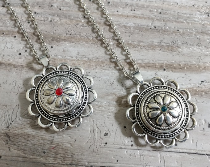 Flower Snap Necklace-SN-5- Please call for wholesale pricing