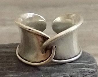 Vintage Black Onyx Luster Seed Glass Bead Band Chunky Adjustable Ring