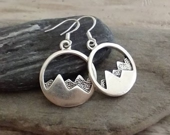 Minimalist Mountain Earrings, List Prices reflect MSRP, ME-2101