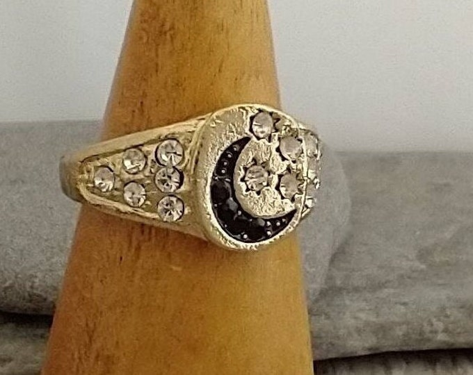 Antiqued Gold Moon Ring, List Prices reflect MSRP, MR-N28