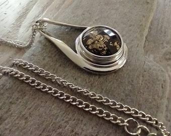 Minimalist Teardrop Necklace Set, Includes 3 Interchangable Snaps
