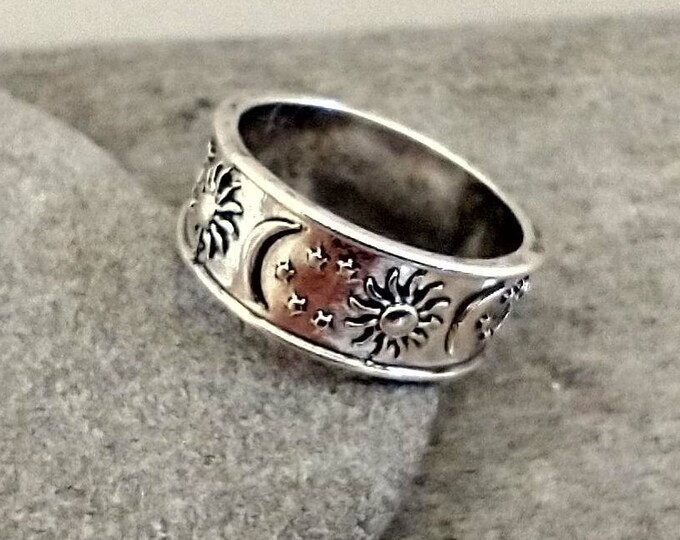 Sun & Moon Band Ring.List Prices reflect MSRP, MR-2021-31
