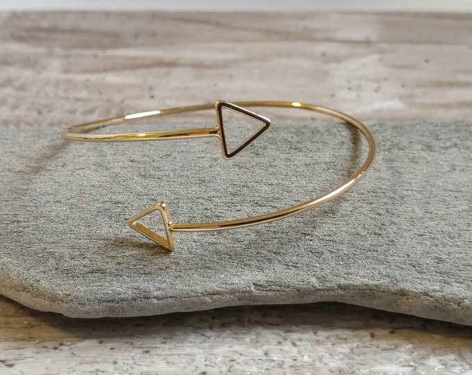 Minimalist Triangle Wrap Bracelet, SB-9- Please call for wholesale prices