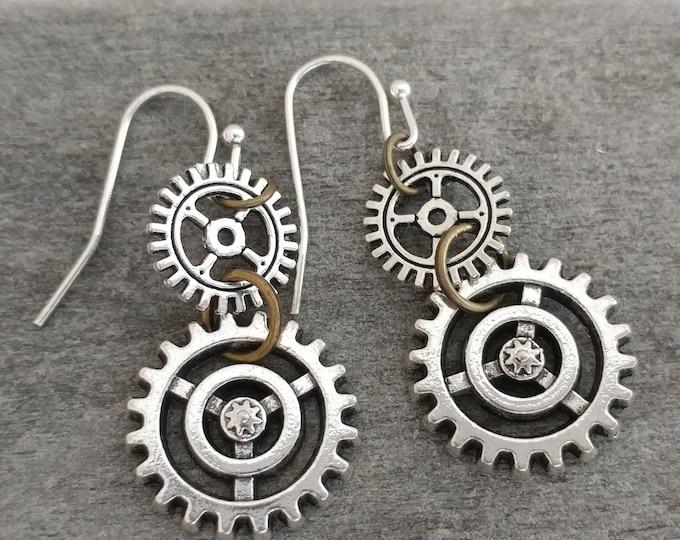 Steampunk Gear Earrings, Cog Earrings, Bike Gear Earrings, Steampunk Dangle Earrings