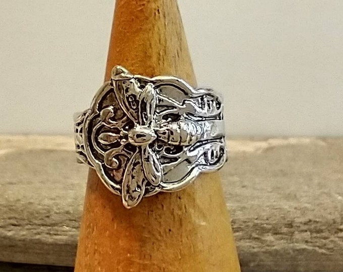 Silver Dragonfly Ring, List Prices reflect MSRP, MR-DF
