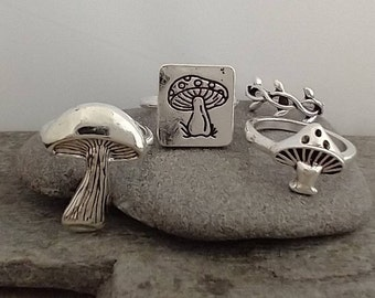 Silver Mushroom Ring Set, 7 Rings Included, Costume Ring