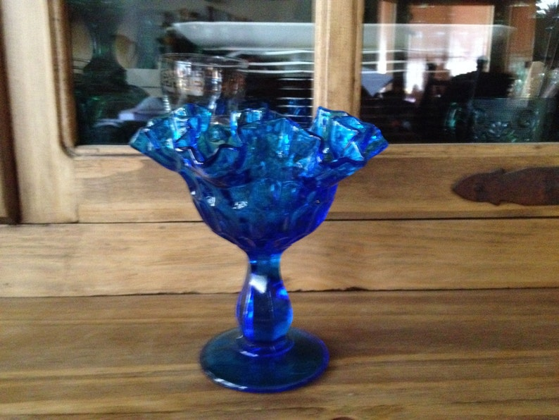 Double Crimped Edges Vintage Fenton Colonial Blue Round Bowl Thumbprint