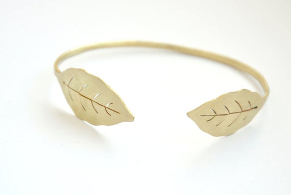 Botanical Jewelry Floral Bracelet Womens Bracelet Brass Cuff Bracelet Botanical Bracelet Plant Jewelry Boho Bangle Nature Bracelet by Etsy