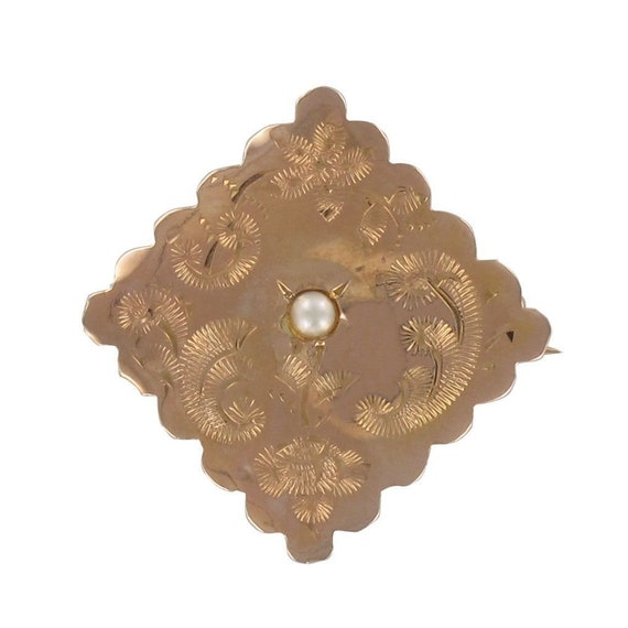 Old gold collar chiseled diamond collar