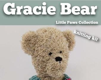 Knitting Kit Gracie Bear. Teddy Bear knitting kit. Easy knitting kit. Easy Knit Pattern. Hand knitting. Bear knitting kit.