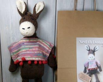 Ned de ezel breien Kit - Maak uw eigen Donkey - gemakkelijk te breien patroon