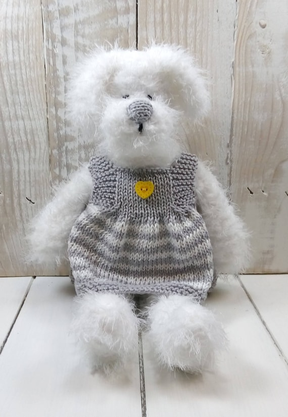 Scruff The Dog PDF Knitting Pattern