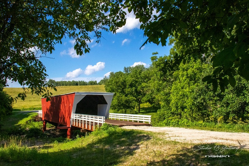 Photography  Carver Covered Bridge of Madison County Iowa  image 0