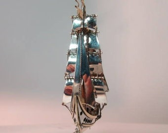 Ship Galleon, made in gold and silver, jewellery clasifide, allmarked, made in London