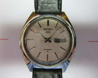 Vintage Seiko 5, outomatic, days date in good condition