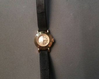 Omega Watch Gold mechanical with manual winding