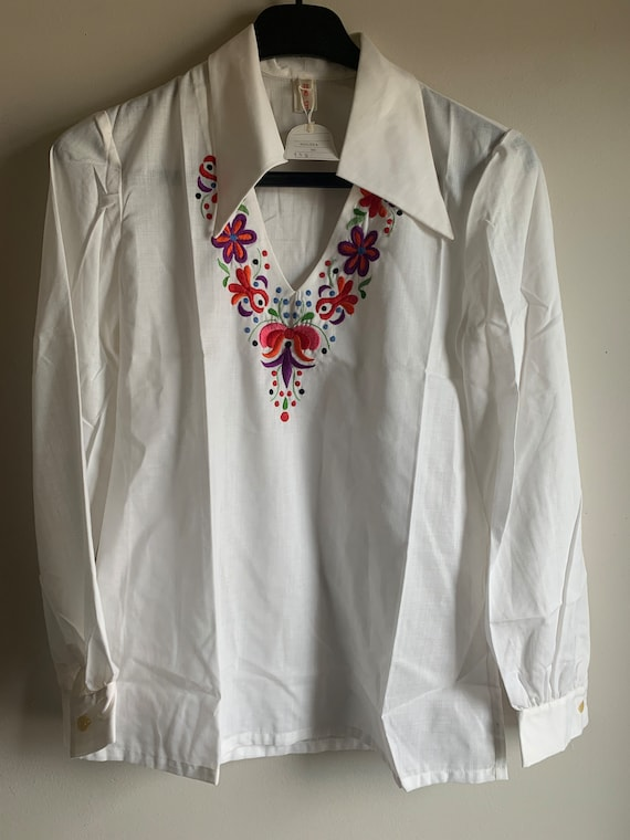 Hungarian hand embroidered vintage 70 hippie shirt - image 2