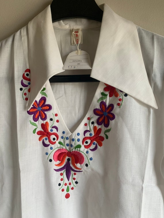 Hungarian hand embroidered vintage 70 hippie shirt - image 1