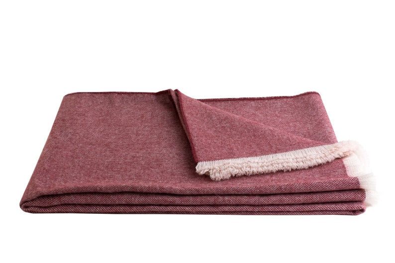 Hypoallergenic Maloca Alpaca 100/% Pure Royal Alpaca Misti Throw in Maroon Softer then Cashmere Warmer and Stronger then Sheeps  Wool |