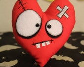 Red Heart Plushie, Creepy Cute, Horror Gift, Valentine Heart, Monster Doll, Scary Cute, Creepy Doll, Gothic Love, Love Heart, Love Gift
