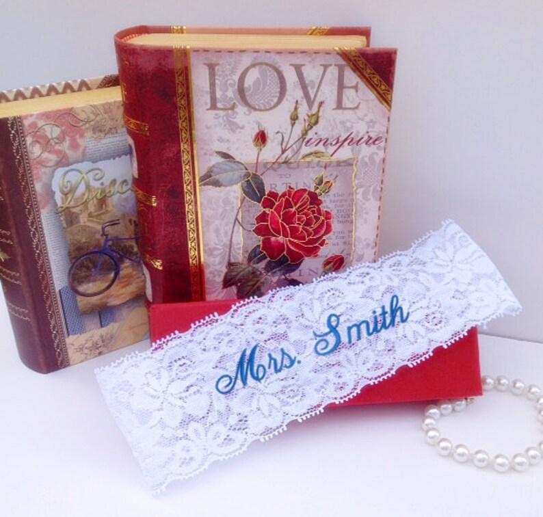 Custom Embroidered Monogram Lace Garter Bride/'s Garter Personalized Wedding Garter Garter