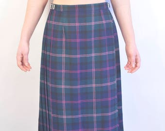 Kilted tartan skirt traditional vtg 1990s