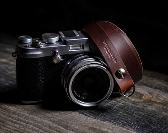 Leather Camera Strap - Quincy St | Rustic - Chicago Tan Horween Chromexcel - Fuji Fujifilm Leica Nikon Canon Olympus Sony