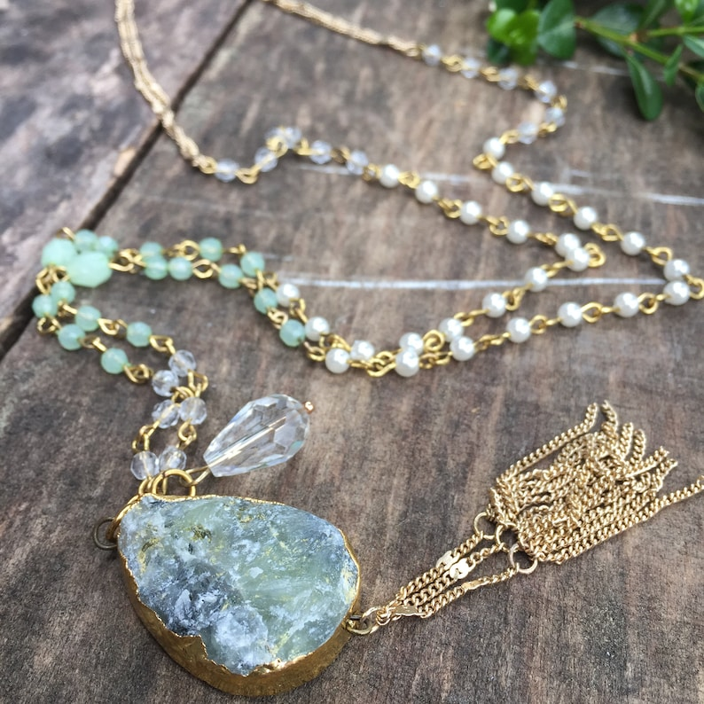 Dainty Necklace Green Necklace Elegant Spring Jewelry Green Stone Pendant Gold Chain Tassel Necklace