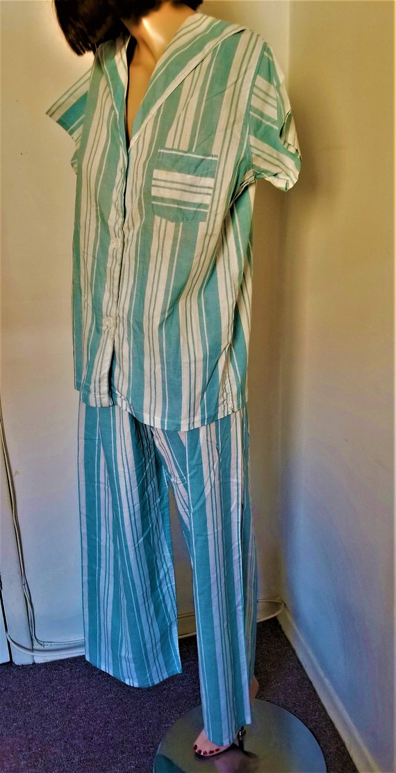 Vintage 1950s  Women's Striped Pyjama Set Four+ Pi
