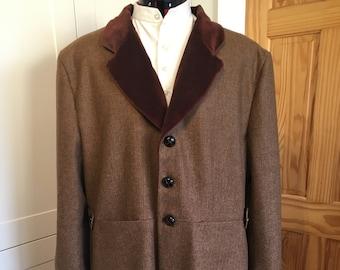 Frodo Baggins Travelling Coat. Herringbone Tweed with Velvet Collar Coat. LOTR Cosplay.