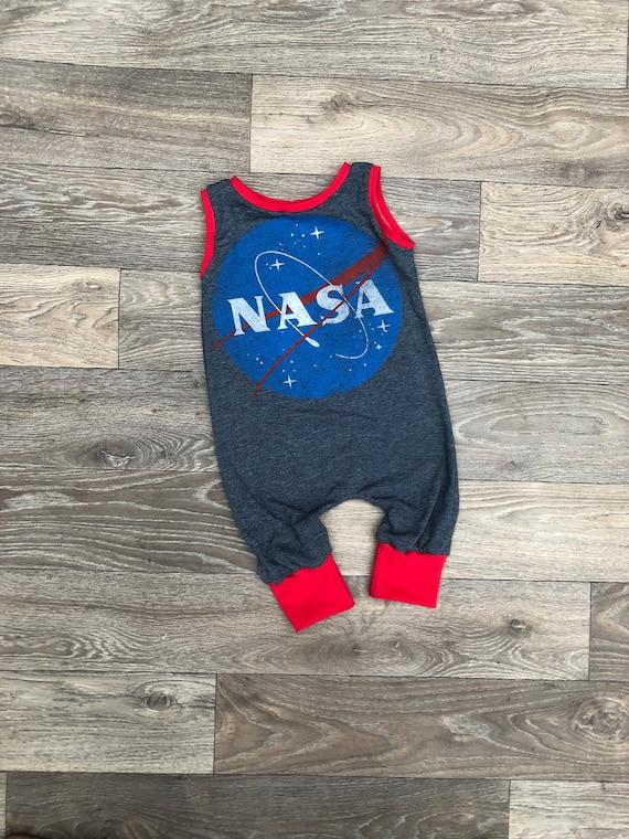 Pansexual Pride Dragon Printed1 Baby Newborn Crawling Suit Sleeveless Onesie Romper Jumpsuit Black