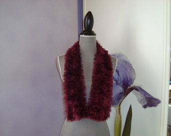 Scarf wool faux fur with hairs short plum aubergine color