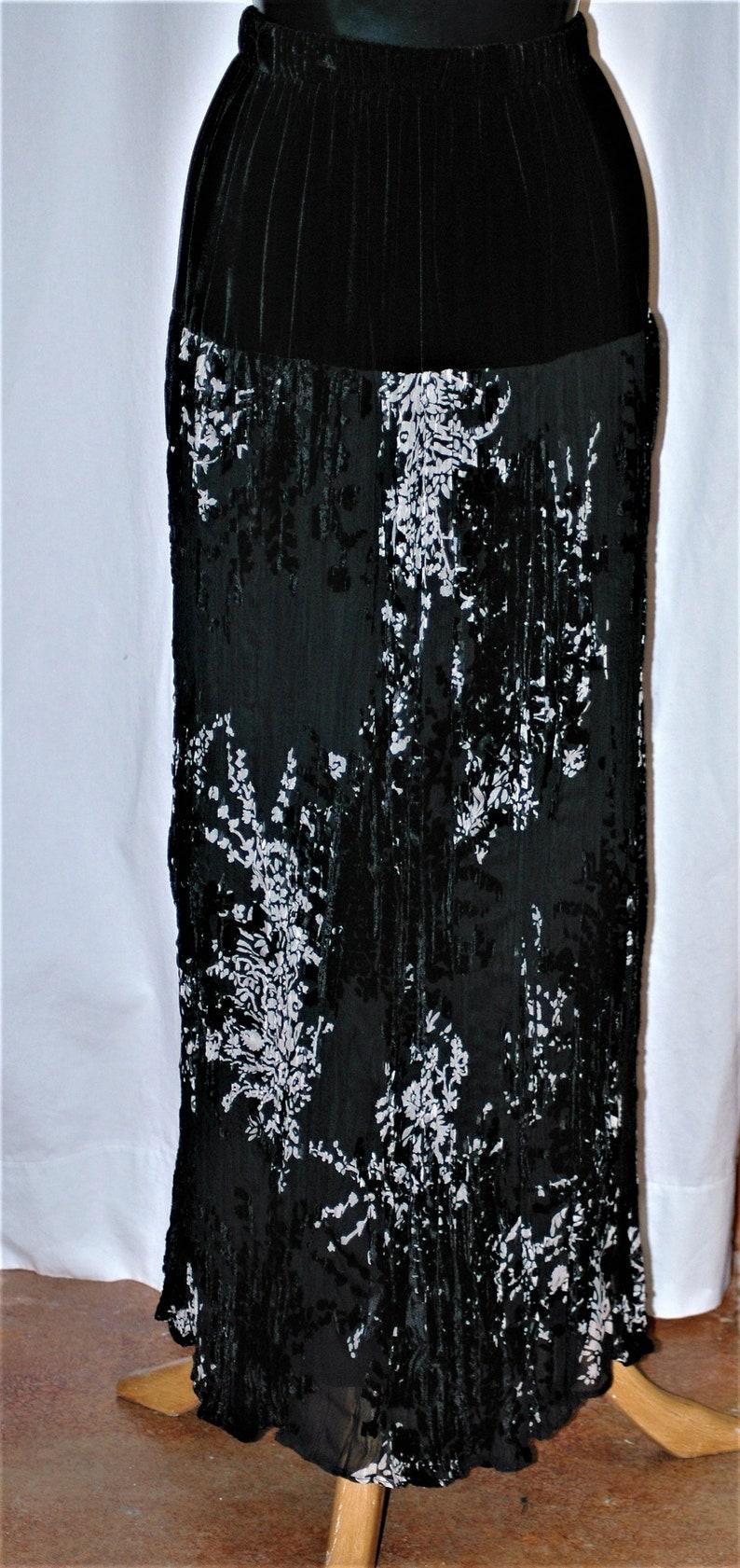Just above ankle length crinkle silk velvet black and cream off a black velvet yoke fully lined beautiful skirt for evening or  wedding