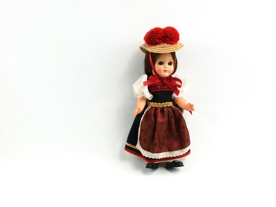 Doll for collector costume doll 26 cm with bollenhut