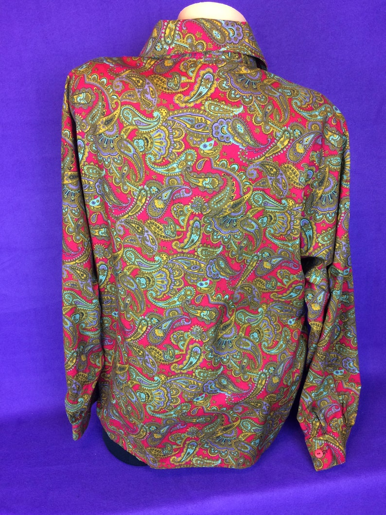 VTG 80s paisley pattern- no tag handmade long sleeve button up shirt office wear oversized wear to work multicolored