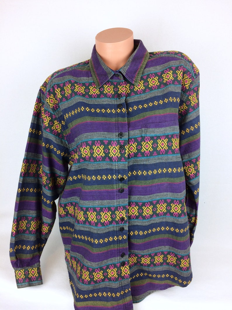 ca08d5d126856f VTG tribal geometric stripes shirt Peruvian ethnic button up