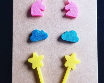 Unicorn resin earrings, fantasy earrings, magical earrings, stud unicorn earrings, earrings for girls, girly earrings, stud earrings, wand