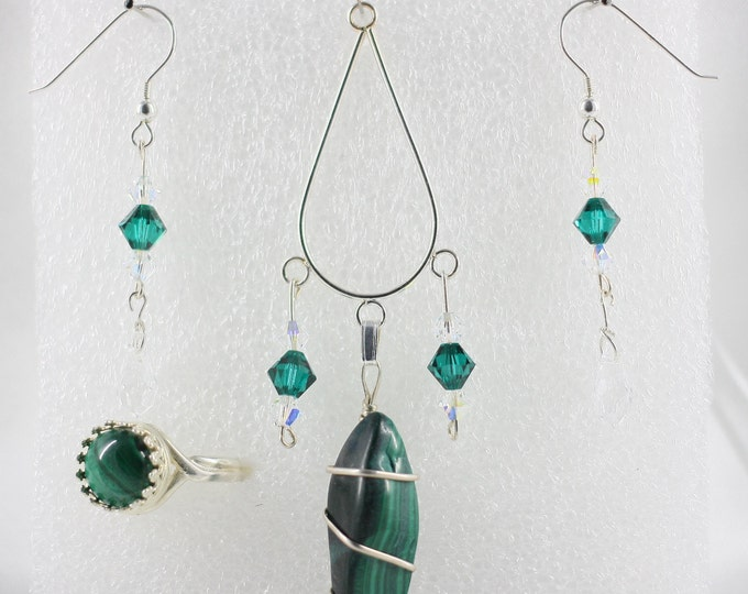 Malachite - Pendant Set - Free Ring