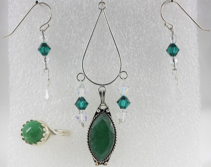 Emerald - Pendant Set - Free Ring